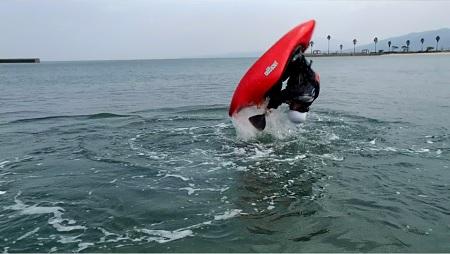 jacksonkayak.2012 rockstarジャクソンカヤック エアループ 12 ロックスターFree Style Surf kayak.jpg